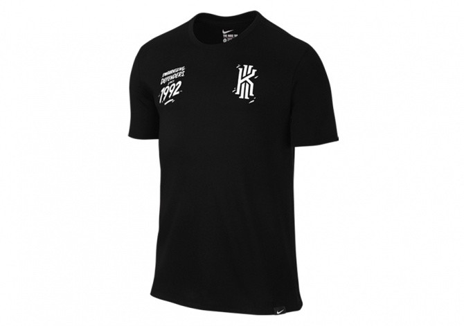NIKE KYRIE SINCE 92 TEE BLACK