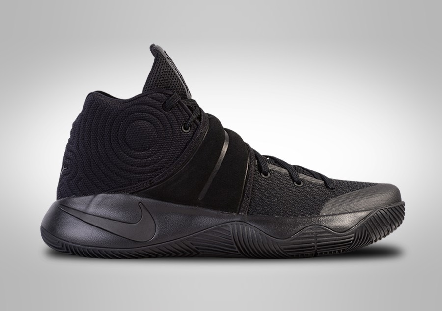 hot sale online cb8e0 46cad NIKE KYRIE 2 BLACKOUT price €105.00 | Basketzone.net