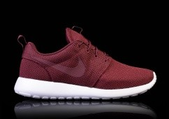 NIKE ROSHE ONE NIGHT MAROON/