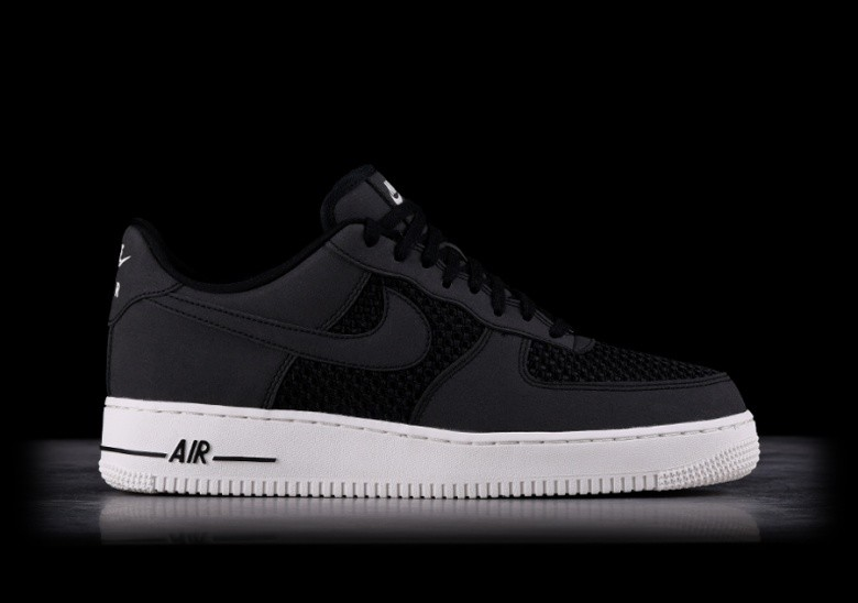 huge selection of 2db21 f3bce NIKE AIR FORCE 1 LO BLACK