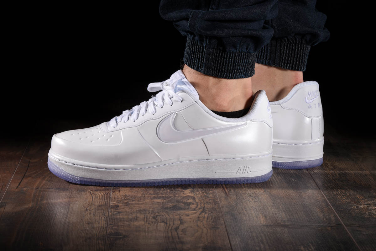 detailed look 3ca16 b1afd NIKE AIR FORCE 1 FOAMPOSITE PRO CUP. Previous Next