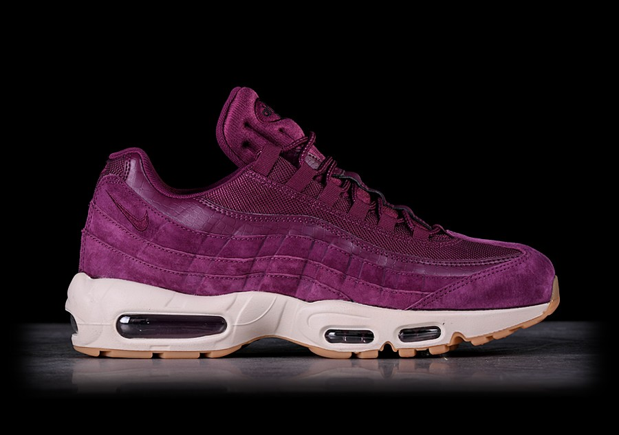 NIKE AIR MAX 95 SE BORDEAUX price €139.00 |