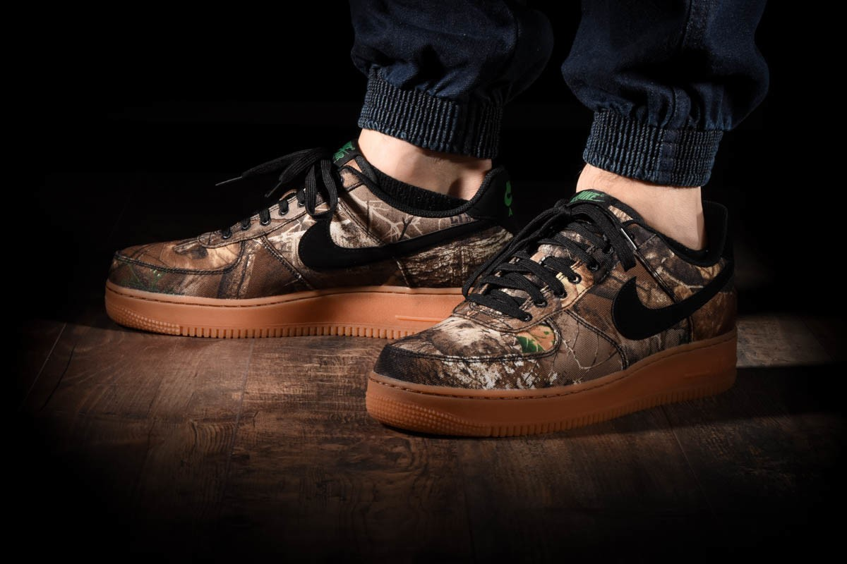 NIKE AIR FORCE 1 '07 LV8 3 for £95.00 |