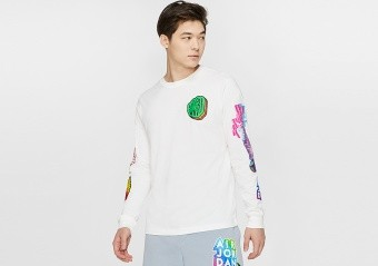 NIKE AIR JORDAN PHOTO REPEAT LONG-SLEEVE CREW TEE WHITE