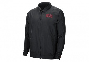 NIKE NBA CHICAGO BULLS ESSENTIAL LIGHTWEIGHT JACKET BLACK